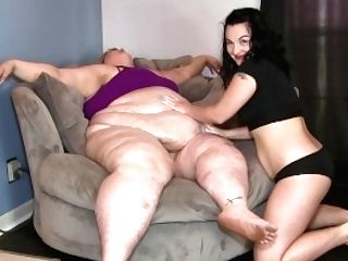 Worshipping Ssbbw Ivy's Beautiful Belly Fat By Female Fat...